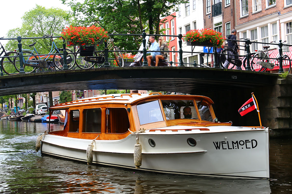 Welmoed Private Boat Amsterdam
